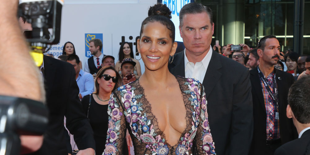 Halle Berry Looks Hot At Kings Premiere At Tiff 2017