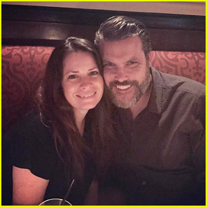 Charmed's Holly Marie Combs Is Engaged - See Her Ring!