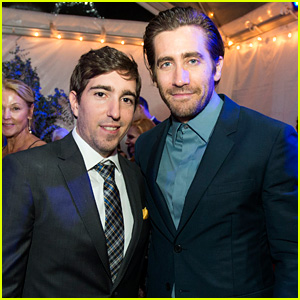 Jake Gyllenhaal Joins Real-Life Boston Marathon Bombing Survivor Jeff Bauman at 'Stronger' Premiere