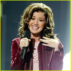 Kelly Clarkson Looks Back on 15th Anniversary of 'American Idol' Win!