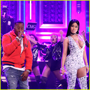 Nicki Minaj & Yo Gotti Perform 'Rake It Up' on Jimmy Fallon's Show - Watch Now!