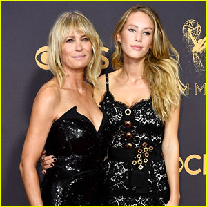 Robin Wright Poses With Daughter Dylan Penn on the Emmys 2017 Red Carpet!