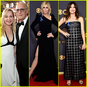 Transparent's Jeffrey Tambor, Judith Light, & Kathryn Hahn Hit the Emmys 2017 Red Carpet