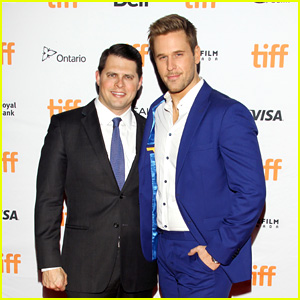 'Younger' Star Dan Amboyer Comes Out as Gay - and Married!