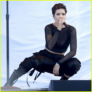 Halsey Calls Out American Music Awards 2017 for Lack of Female Artist Nominees