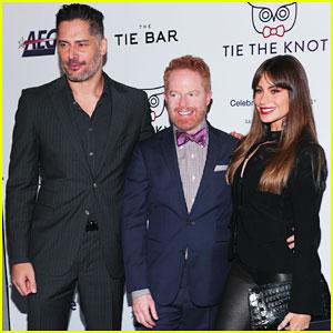 Jesse Tyler Ferguson Gets Support from Sofia Vergara & Joe Manganiello at Tie The Knot 5-Year Anniversary Party!