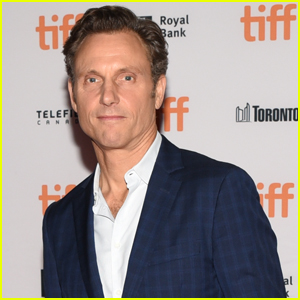 Tony Goldwyn Reveals He Was Sexually Harassed as a Young Actor