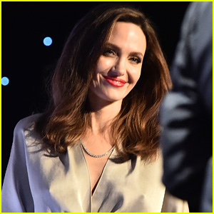 Angelina Jolie Brought Cookies for Daughter Vivienne's Martial Arts Class!