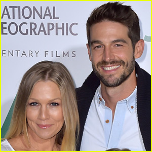 Jennie Garth Is Taking Time Apart from Husband Dave Abrams