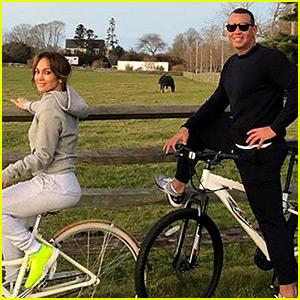 Jennifer Lopez & Alex Rodriguez Share Photos from Their Thanksgiving Celebrations!