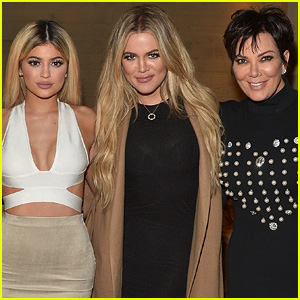 Did Kris Jenner Confirm Kylie Jenner & Khloe Kardashian's Pregnancies in This Photo?