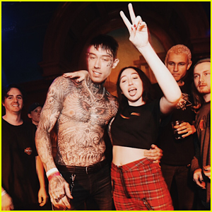 Noah Cyrus Takes the Stage For Surprise DJ Set at Emo Nite!