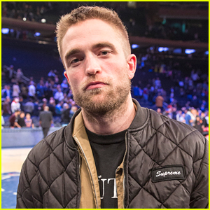 Robert Pattinson Checks Out a Basketball Game in NYC