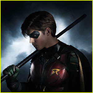 Brenton Thwaites As Robin In DC Comics' 'Titans' - First Look!
