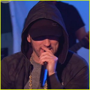Eminem Performs 'Love The Way You Lie,' 'Berzerk' & More Hits for BBC Radio 1 - Watch!
