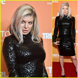 Fergie Strikes a Fierce Pose on the Red Carpet at TrevorLIVE LA 2017!
