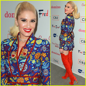 Gwen Stefani Hosts Listening Party for Her Holiday Album in LA!