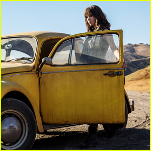 Hailee Steinfeld Stars in 'Bumblebee' - See the First Pic From the Movie!