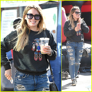 Hilary Duff Rocks Ripped Jeans at the Farmers Market!