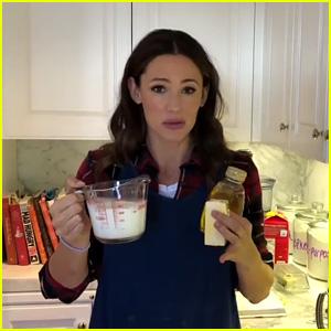 Jennifer Garner Shows Off Her Barefoot Contessa Baking Skills in Cute Cooking Video - Watch!
