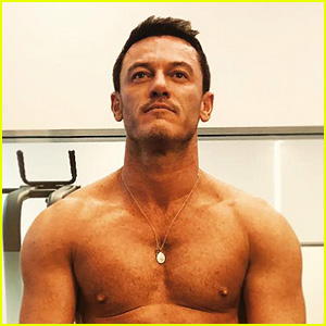 Luke Evans Shows Off His Hot Body in Shirtless Selfie - See the Gym Progress Pic!