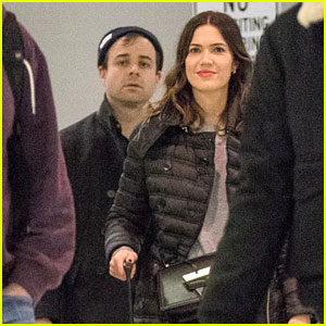 Mandy Moore & Fiance Taylor Goldsmith Touch Down at JFK