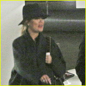 Pregnant Khloe Kardashian Starts Off Her Day at the Doctor's