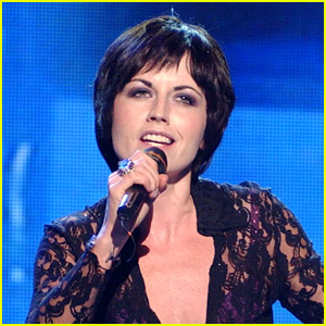 Celebrities React to Dolores O'Riordan's Sudden Death