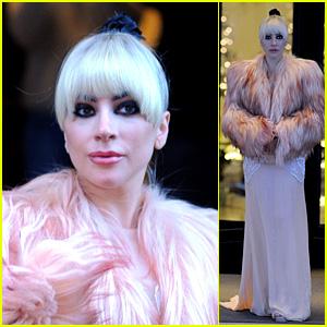 Lady Gaga Wears a Pink Fur Coat in Milan!