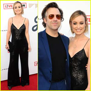 Olivia Wilde & Jason Sudeikis Couple Up for Grammys 2018 Viewing Party in LA