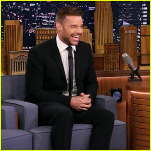 Ricky Martin Says He Cried When He First Saw Edgar Ramirez as Gianni Versace
