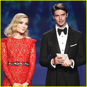 Skyler Samuels & Patrick Schwarzenegger Present Together at Critics' Choice Awards 2018