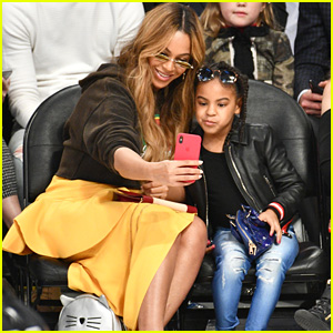 Beyonce & Blue Ivy Take Selfies at the NBA All-Star Game 2018!