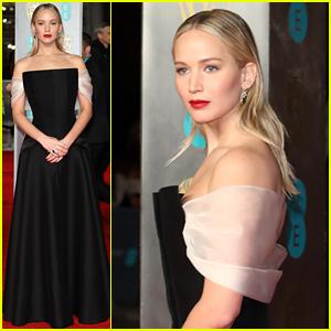 Jennifer Lawrence Makes a Return to the BAFTAs!