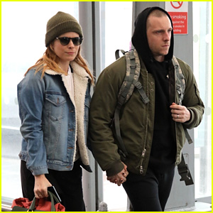 Kate Mara & Jamie Bell Jet Out of London