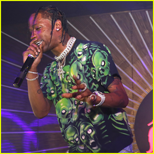 New Dad Travis Scott Performs During All-Star Weekend