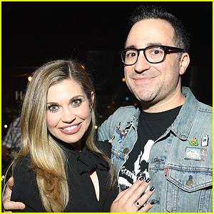 Danielle Fishel Announces Engagement to 'Drop the Mic' Producer Jensen Karp!