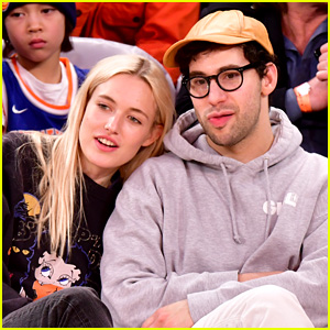 Jack Antonoff & Model Carlotta Kohl Get Cozy at Knicks Game