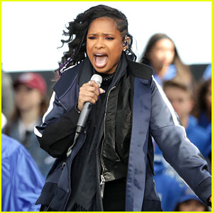 Jennifer Hudson Covers Bob Dylan to Close Out March For Our Lives Rally
