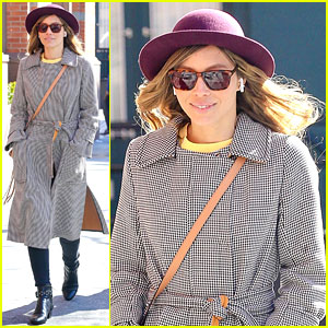 Jessica Biel Looks Effortlessly Chic While Out & About in NYC