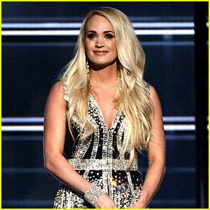 Carrie Underwood Revela la Cara en Público por Primera Vez Desde la Lesión, Se realiza en ACM Awards