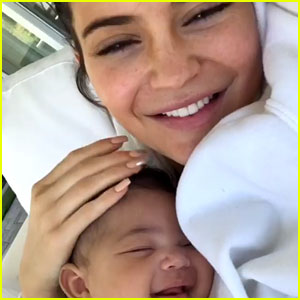 Kylie Jenner Goes Makeup-Free With Sleeping Stormi in Adorable New Photos
