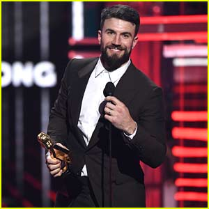 Sam Hunt Wins Top Country Song at Billboard Music Awards 2018 (Video)