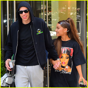 Ariana Grande & Pete Davidson Hold Hands for NYC Lunch Date