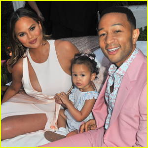 John Legend Gets Support from Wife Chrissy Teigen & Baby Luna at LVE Rosé Launch!