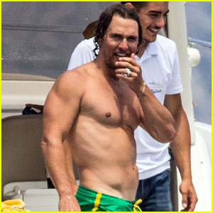 Matthew McConaughey Bares Ripped Body While Shirtless in Italy!