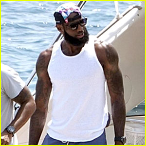LeBron James Celebrates Lakers Contract on a Yacht in Italy!