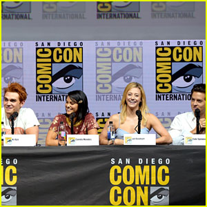 'Riverdale' Cast Share Sneak Peek of Season 3 at Comic-Con!