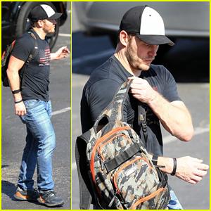 Chris Pratt Steps Out for Solo Gym Sesh!