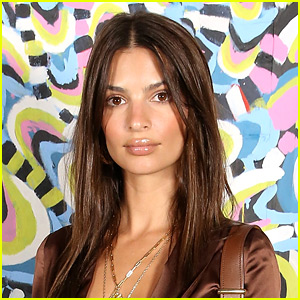 Emily Ratajkowski Shares Her Nip Slip Moment on Social Media
